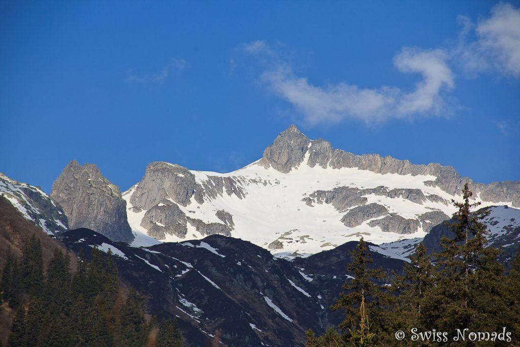 Die eindrückliche Bergwelt bei Disentis/Mustér