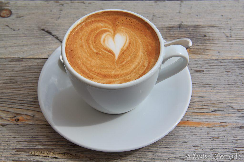 Cappuccino im Liug da Fiug in Disentis