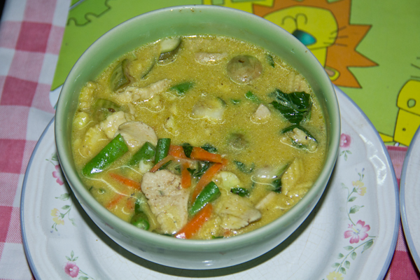 Green Curry mit Chicken