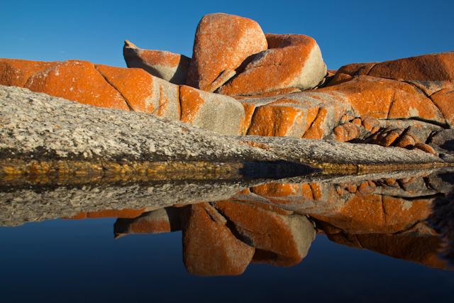 Ein Morgenspaziergang in der Bay of Fires auf der Freycinet Peninsula