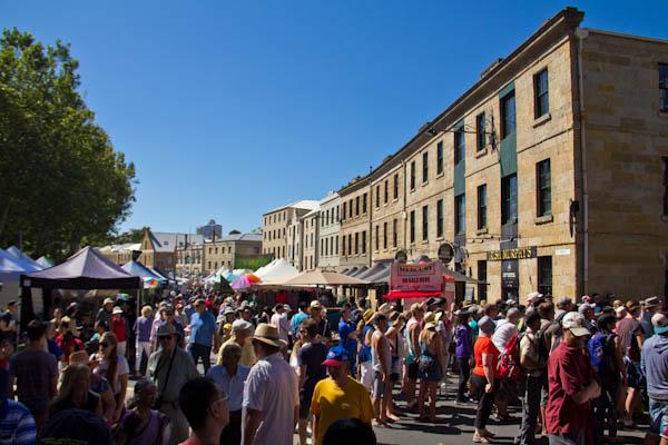 Bis zu 40'000 Besucher strömen jeden Samstag zum Salamanca Markt