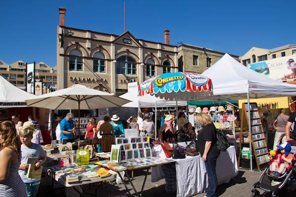 Marktstände am Salamanca Markt in Hobart