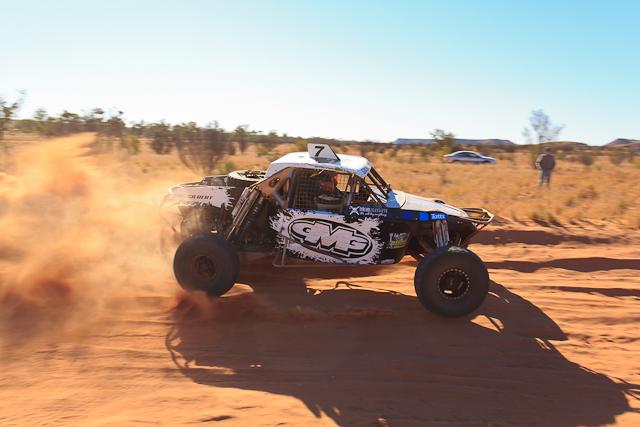 Auf dem Weg von Finke nach Alice Springs