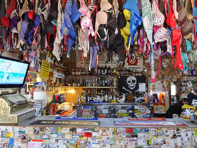 BH Sammlung Daly Waters Pub