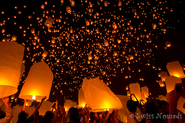 Loy Krathong / Yi Peng Laternenfestival in Chiang Mai
