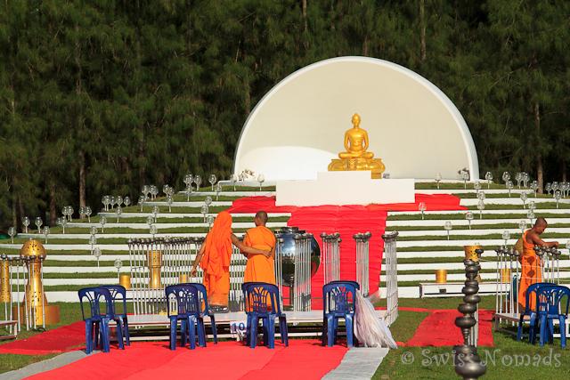 Die Vorbereitungen für das Laternenfestival in Chinag Mai laufen noch auf Hochtouren