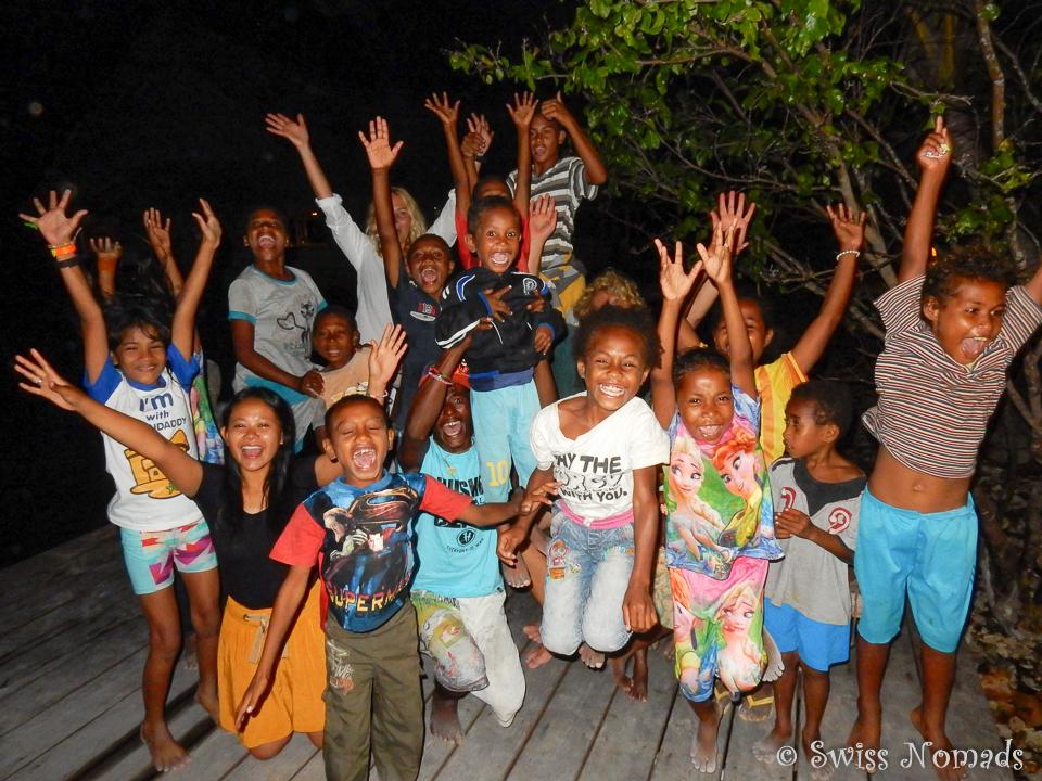 Die Kinder von Raja Ampat strotzen nur so von Energie