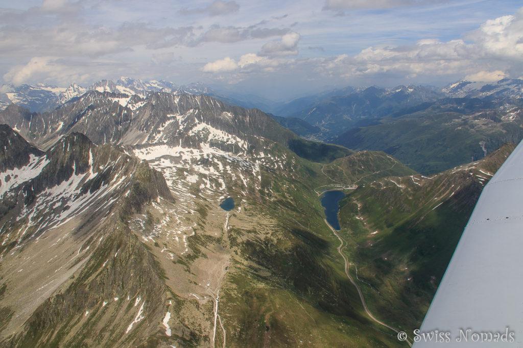 Auf dem Alpenrundflug Richtung Glarner Alpen