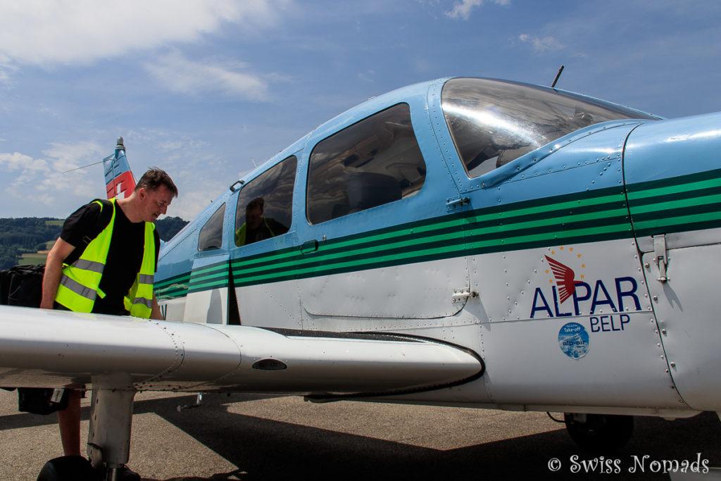 Inspektion des Flugzeuges von aussen