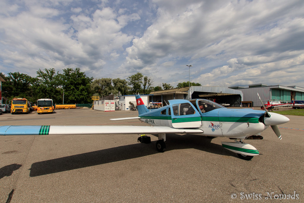 Die Piper PA 28 in Bern-Belp