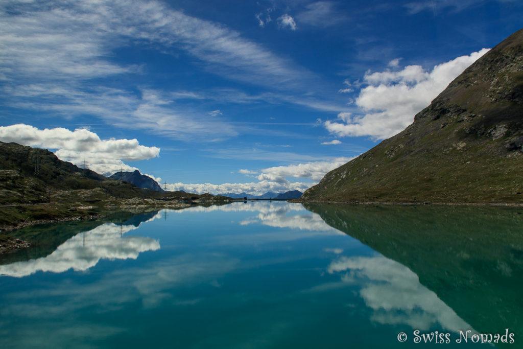 Spiegelungen im Lago Bianco