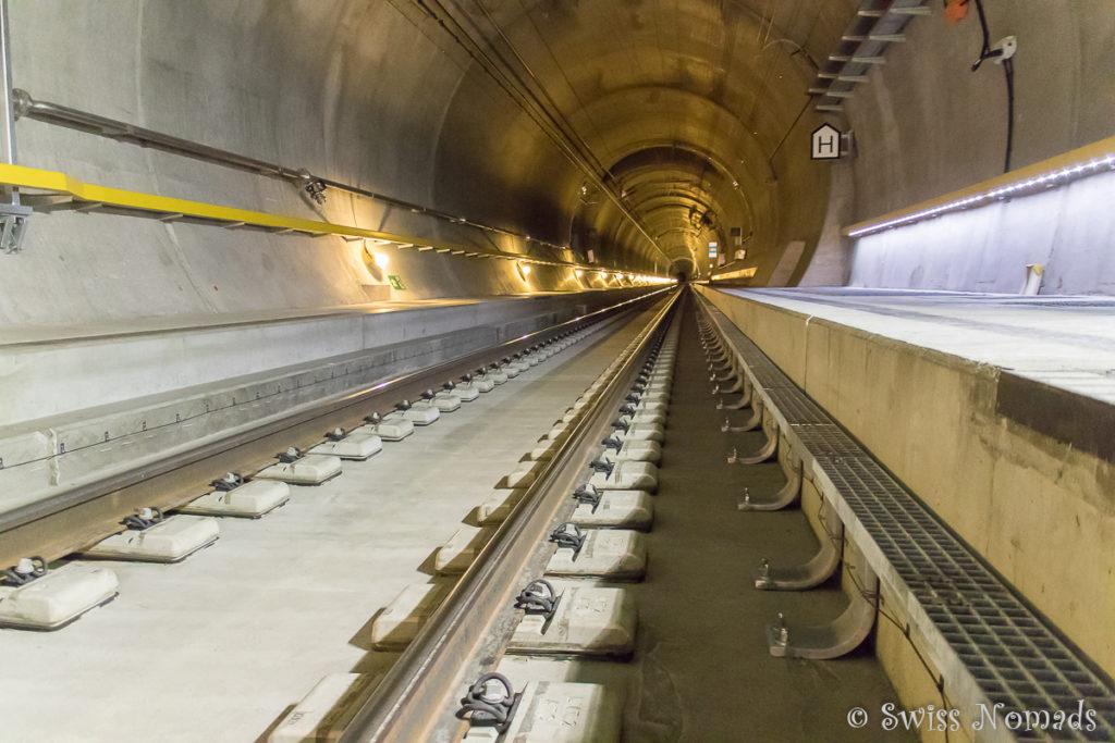 Eine der beiden Röhren des neuen Gotthard Basistunnels