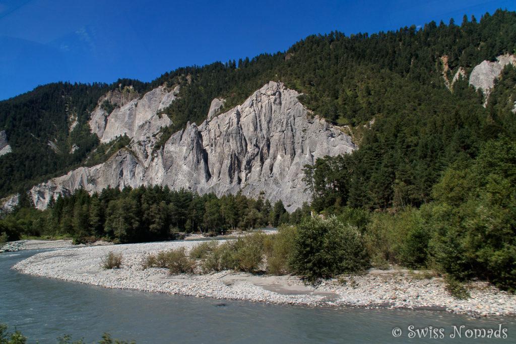 Im Glacier Express entlang der Rheinschlucht nach Chur