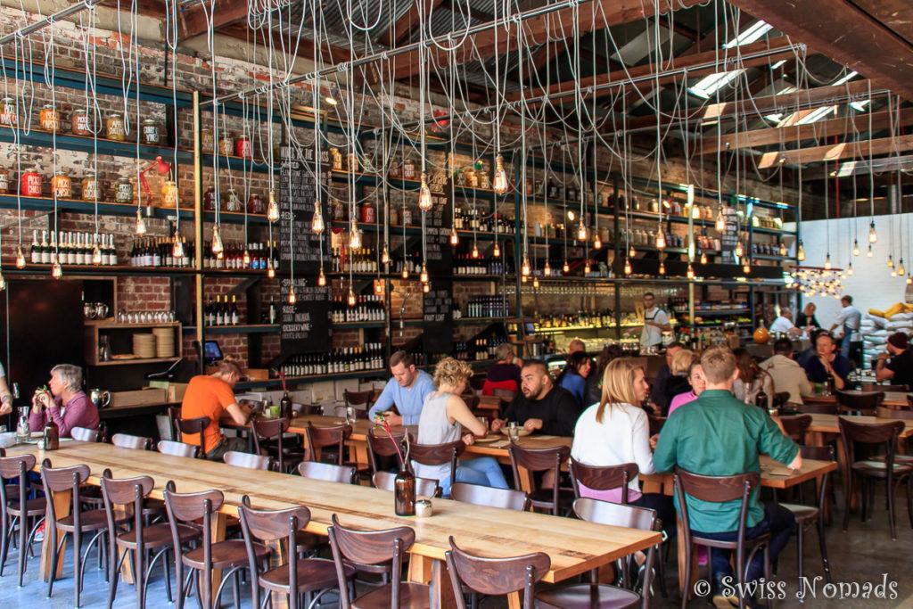 Im Bred in Common Café gibt es feines Essen und frisch gebackenes Brot