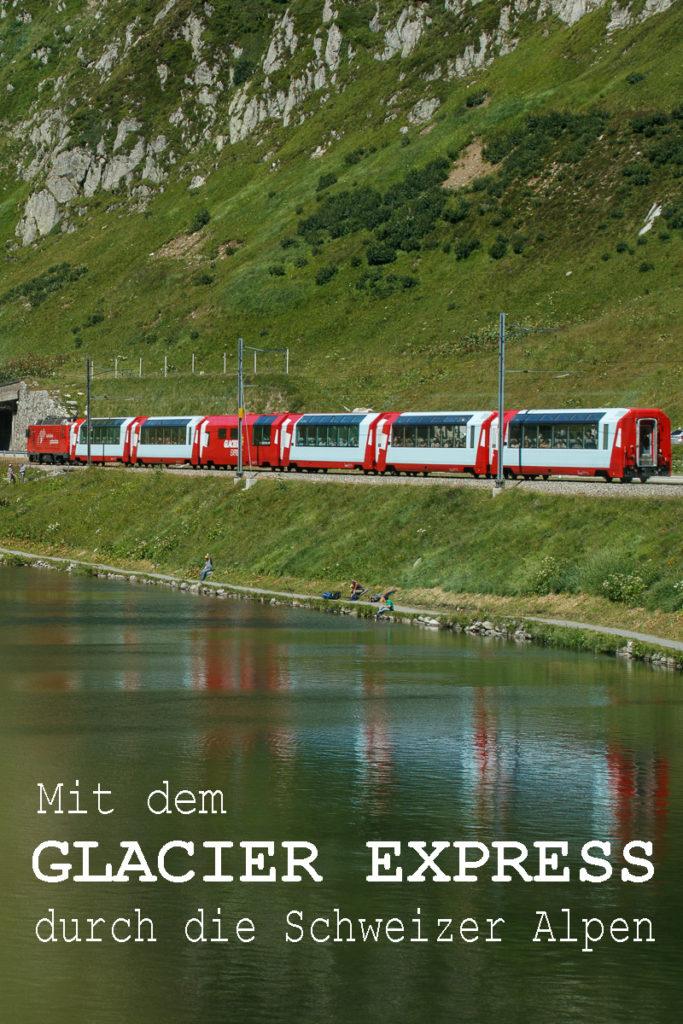 Der Glacier Express in der Schweiz ist eine der schönsten Bahnfahrten