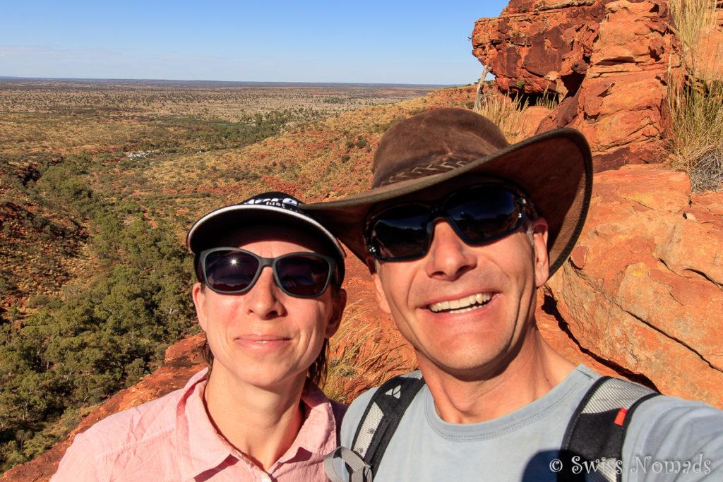 Wir Beide auf dem Kings Canyon Rim Walk - Sonneschutz ist wichtig