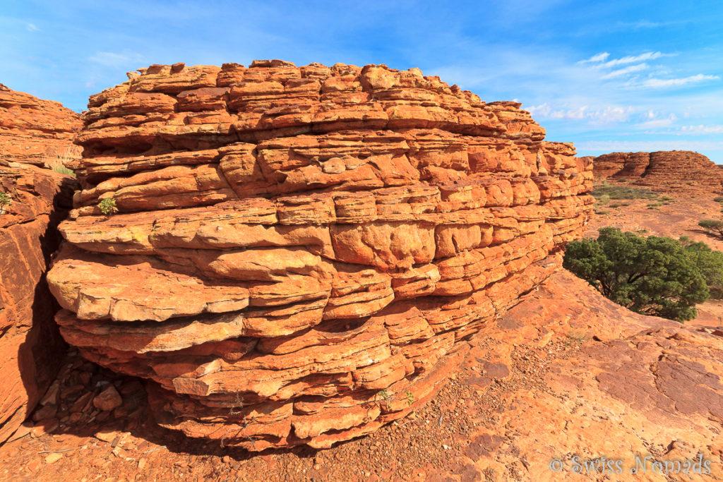 Der geologische Aufbau des Gesteins im Kings Canyon ist sehr eindrücklich