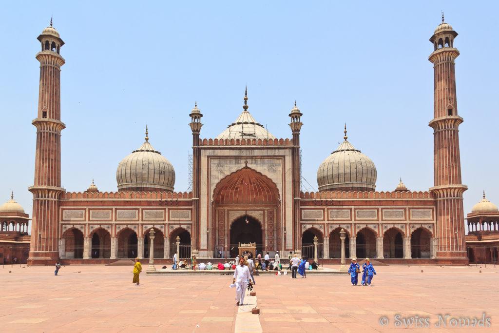 Die Jama Masjid ist eine der eindrücklichsten Sehenswürdigkeiten in Delhi