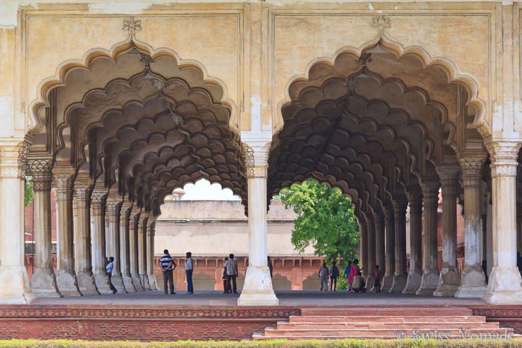 Die Audienzhalle des Red Fort in Agra