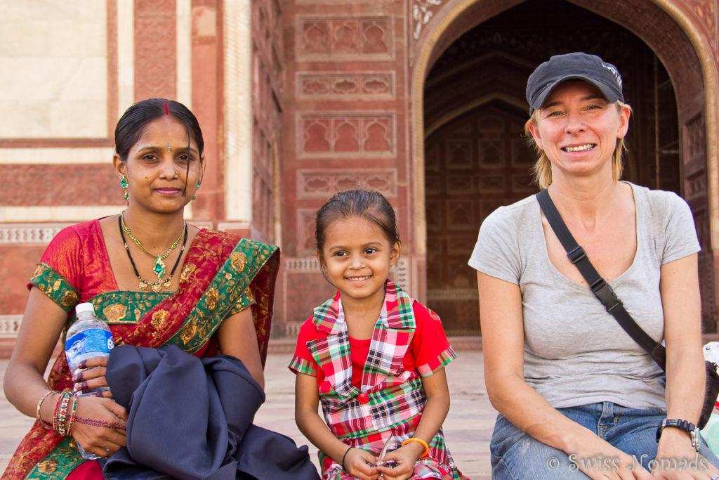 Die meisten Besucher die heute das Taj Mahal besuchen sind von Indien