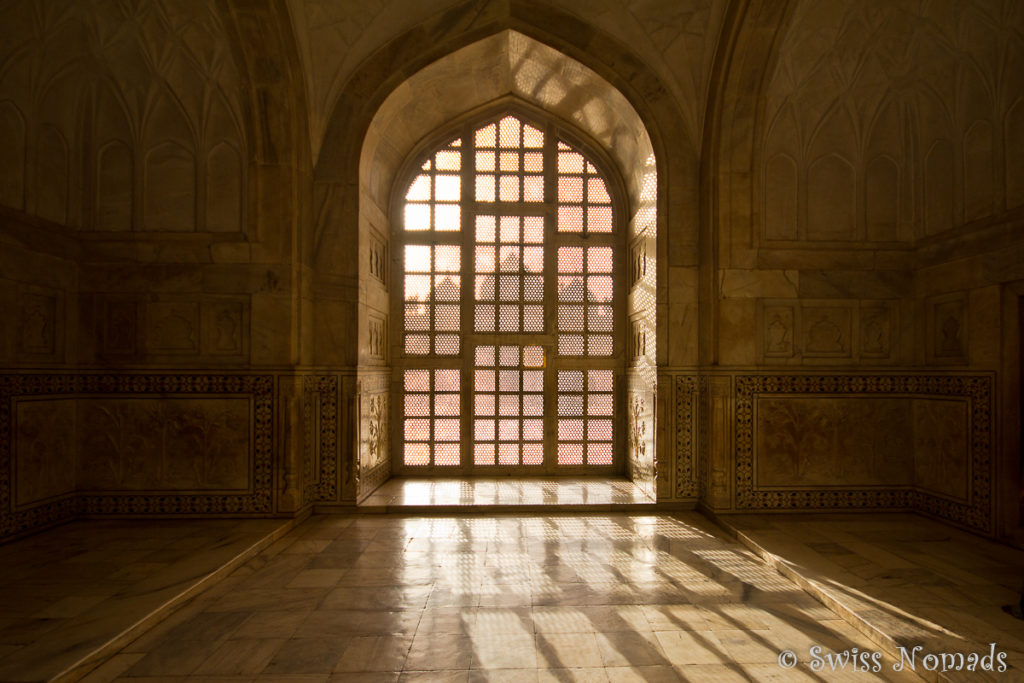Die filigranen Jali Fenster des Taj Mahal