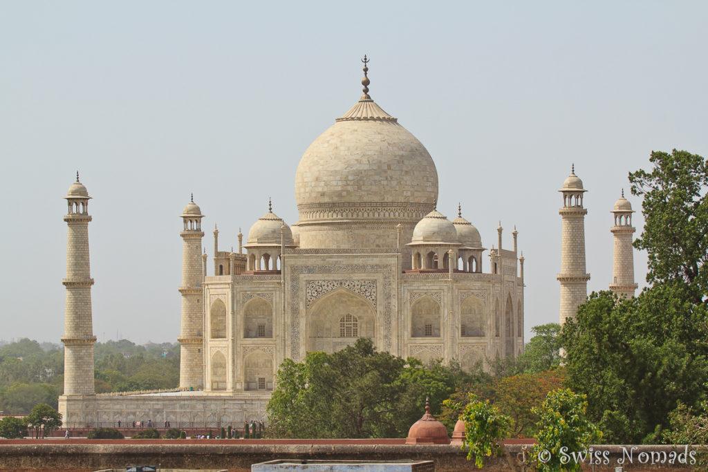 Die Aussicht auf das Taj Mahal von der Terrasse unseres Guesthauses