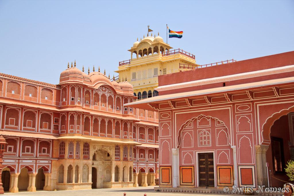Der City Palace ist eine Sehenswürdigkeit in Jaipur
