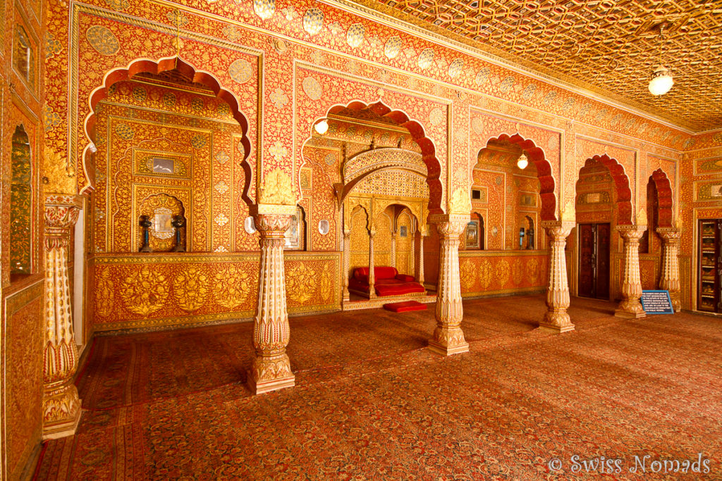 Die prunkvolle Audienzhalle im Junagarh Fort in Bikaner