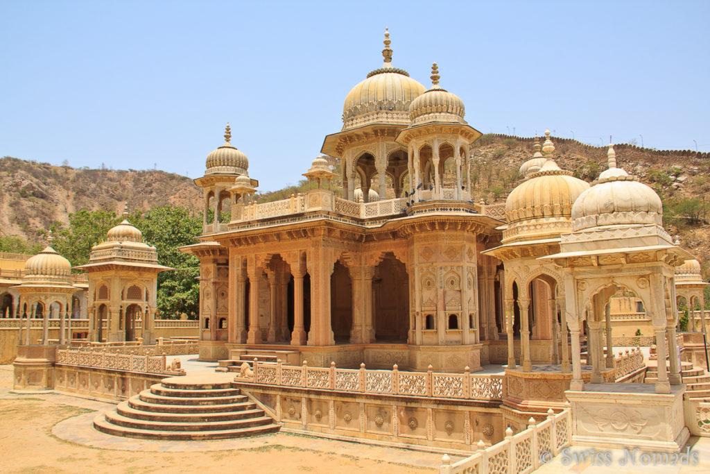 Einer der grössten Zenotaphe im Royal Gaitor in Jaipur