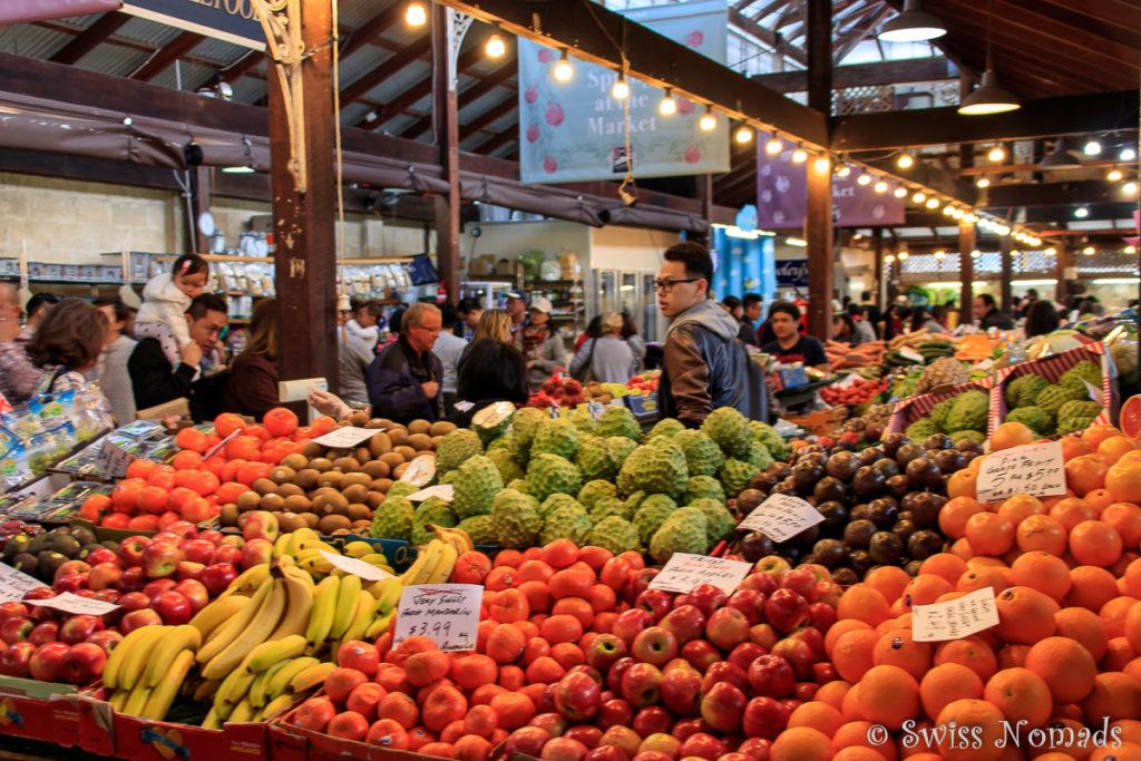 Einer der bunten Marktstände in den Fremantle Markets