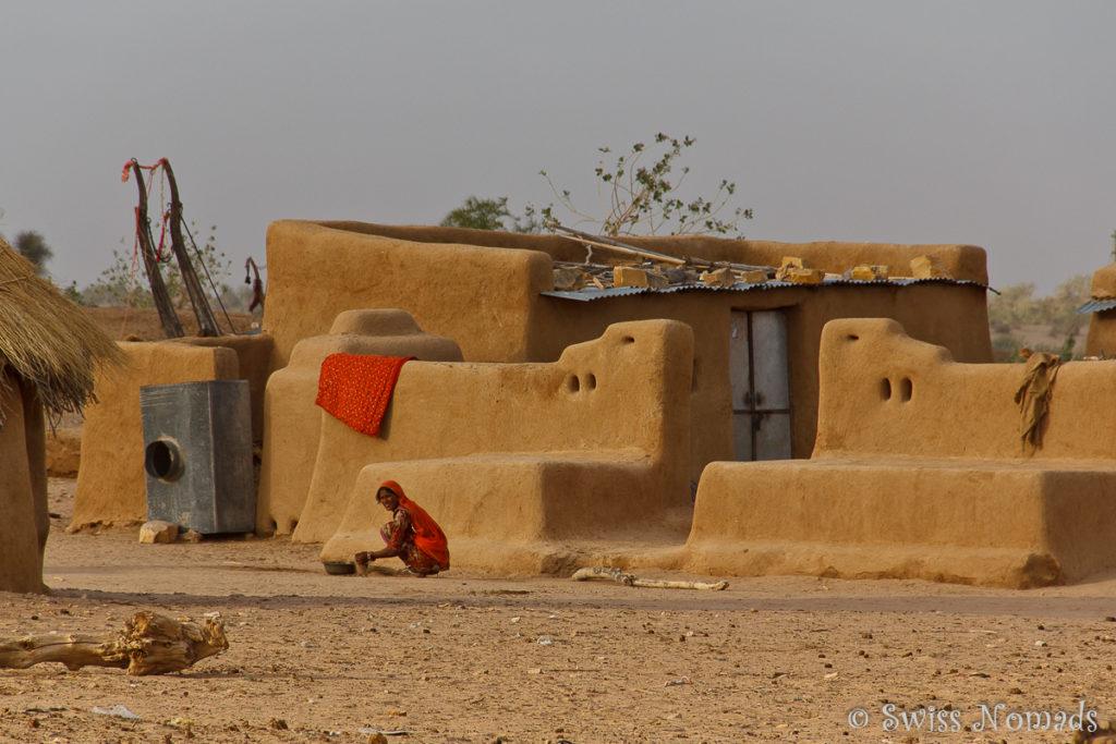 Typischesd Haus in der Thar Wüste in Rajasthan