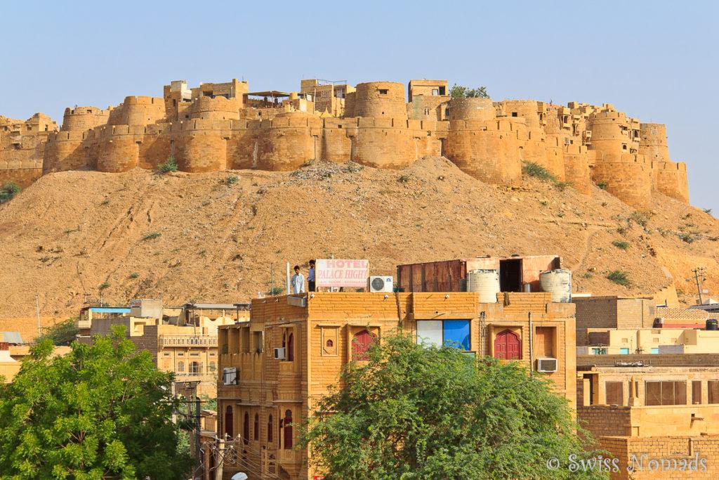 Jaisalmer in Rajasthan liegt mitten in der Thar Wüste