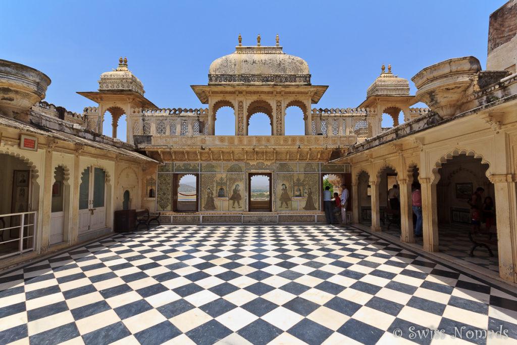 Der Innenhof im Stadtpalast von Udaipur