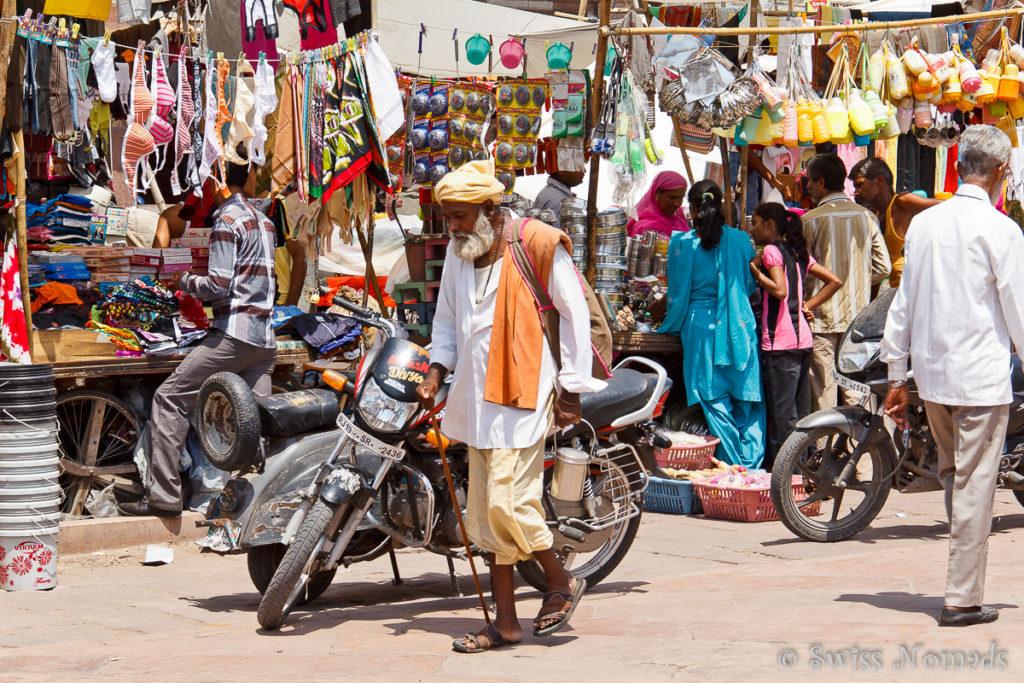 Auf dem Markt in Jodhpur herrscht buntes treiben
