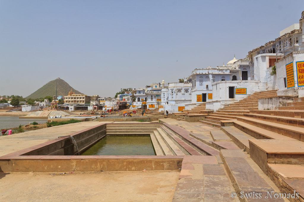 Die Ghats (Waschpools) am heiligen Pushkar See
