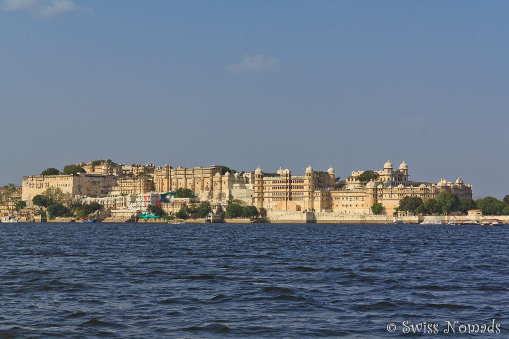 Eine Bootstour auf dem Piccola Lake in Udaipur ist ein Muss