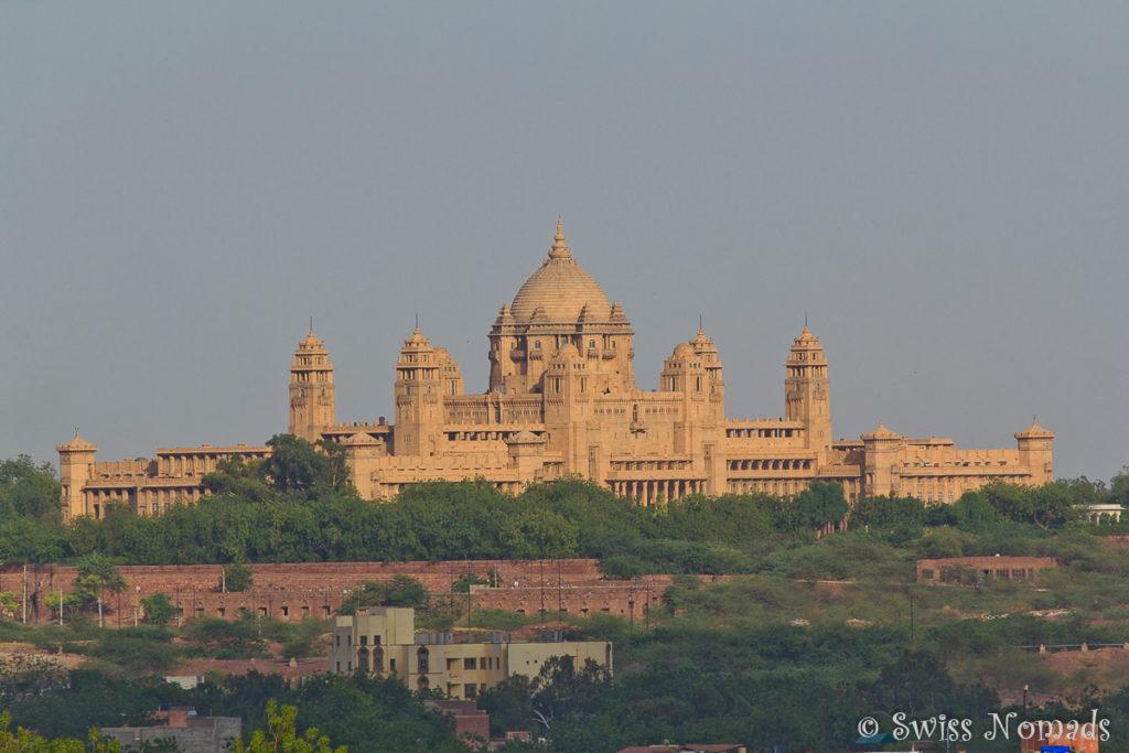 Das Umaid Bhavan in Jodhpur ist ein riesiges Bauwerk