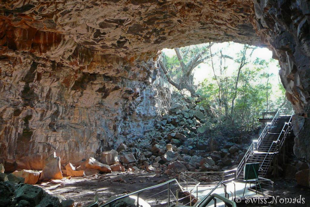 Die riesigen Undara Lava Tubes entlang des Savannah Way