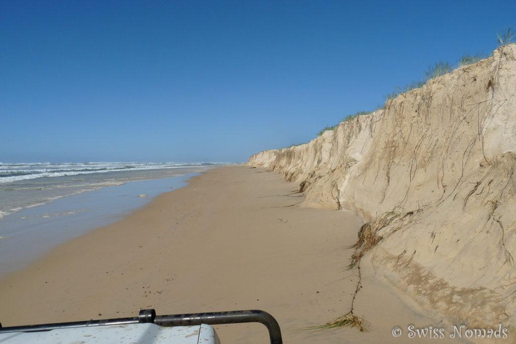 Fahren entlang der 75 Mile Beach auf Fraser Island