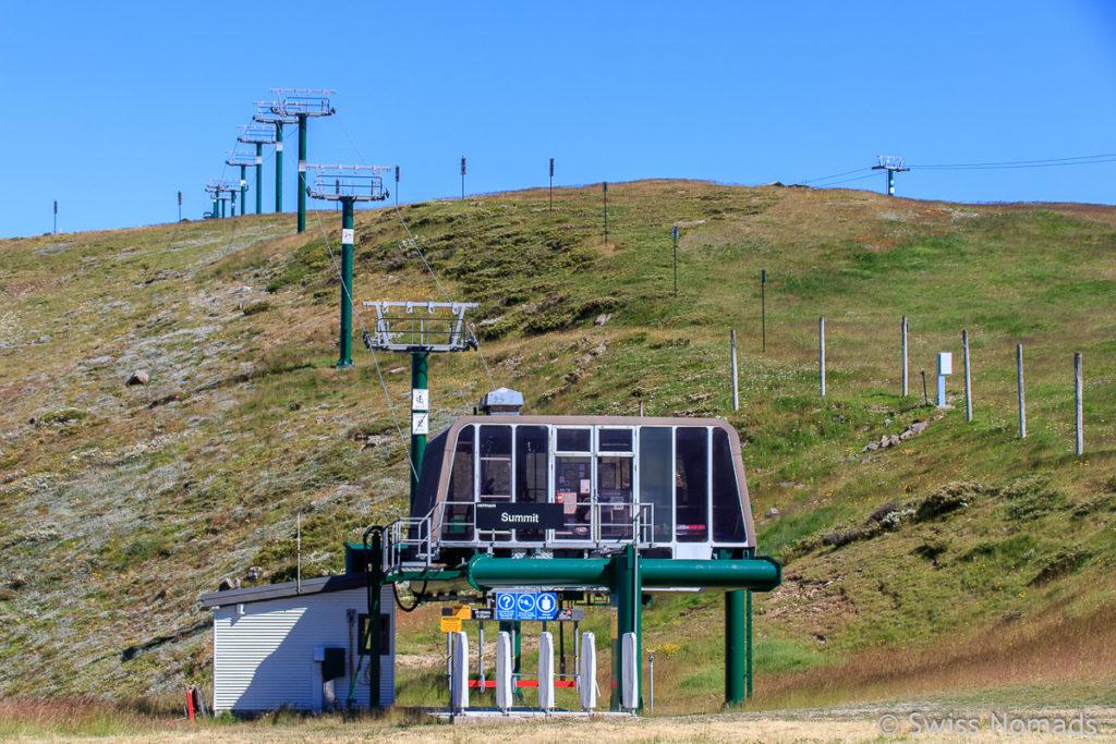 Skilift im Skigebiet Hotham Heights in den Australischen Alpen