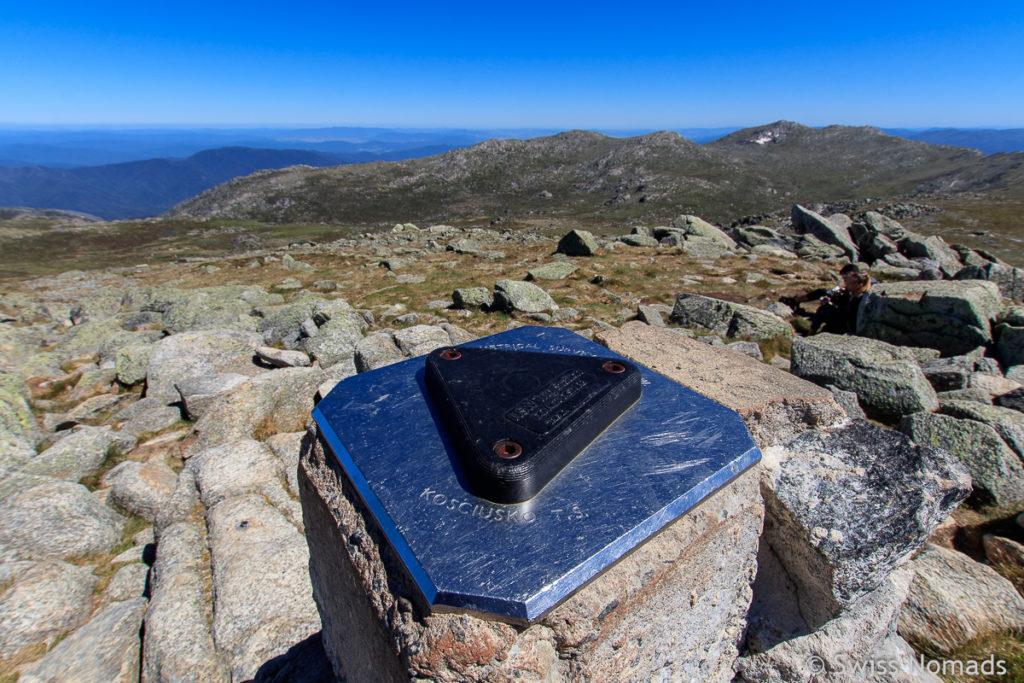 Auf dem Gipfel des Mount Kosciuscko, dem Höchsten Berg von Australien