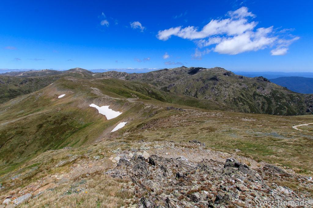 Aussicht zum Mount Kosciusczko vom Carruthers Peak