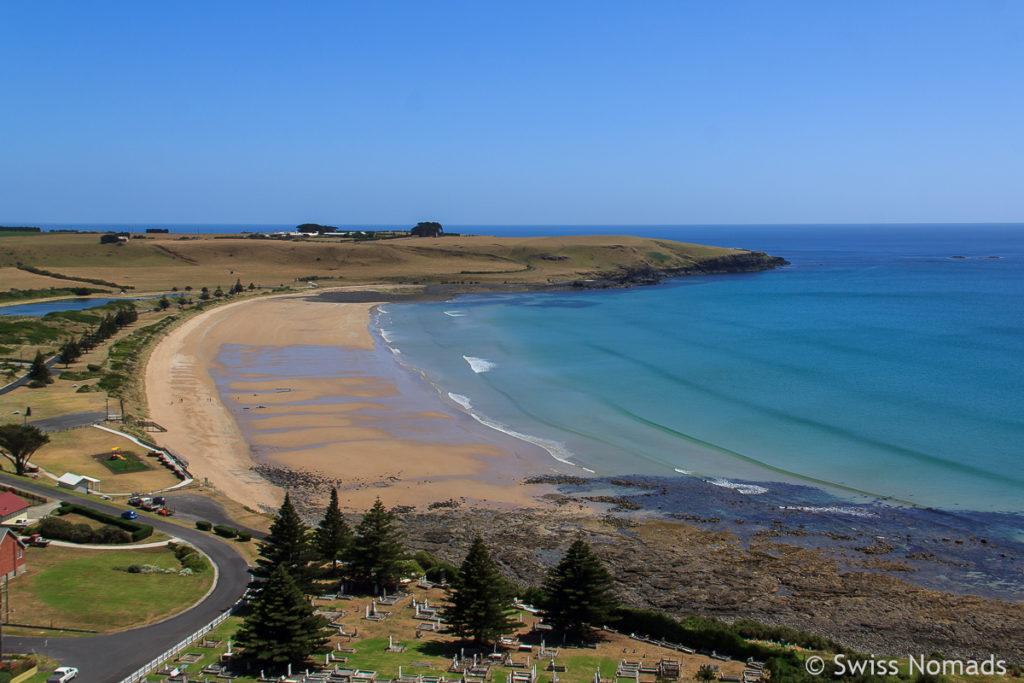 Aussicht auf den Strand bei Stanley auf unserem Tasmanien Roadtrip