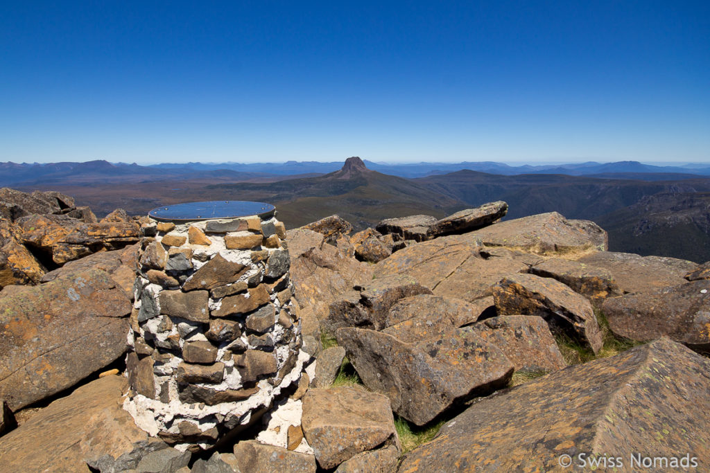 Marker auf dem Summit des Cradle Mountains in Tasmanien
