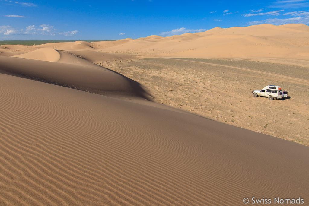 Campen in der Gobi Wüste in der Mongolei