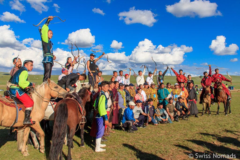 Unsere ersten Eindrücke aus der Mongolei Naadam Festival