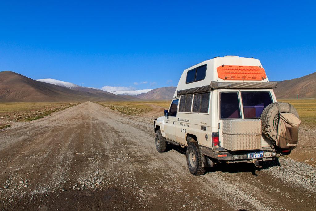 Fahrt durch das Altai Gebirge, einer der schönsten Regionen der Mongolei