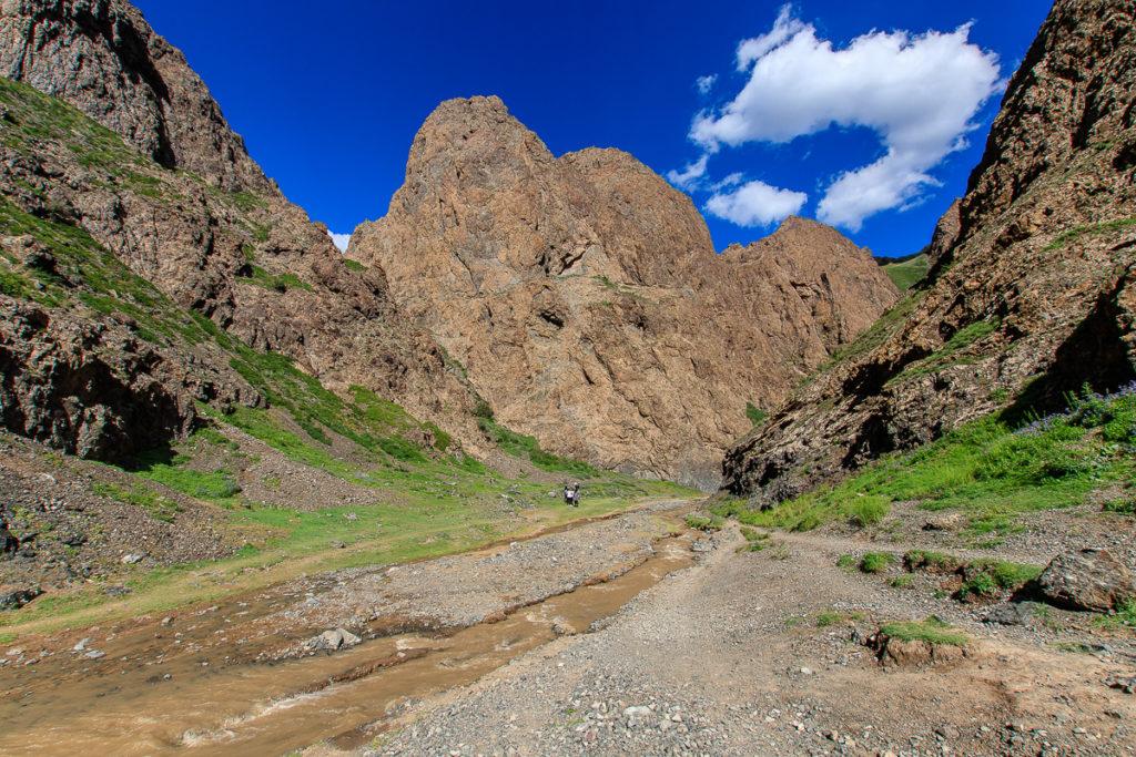 Der Yolyn Am Canyon ist einer der schönsten Orte der Mongolei