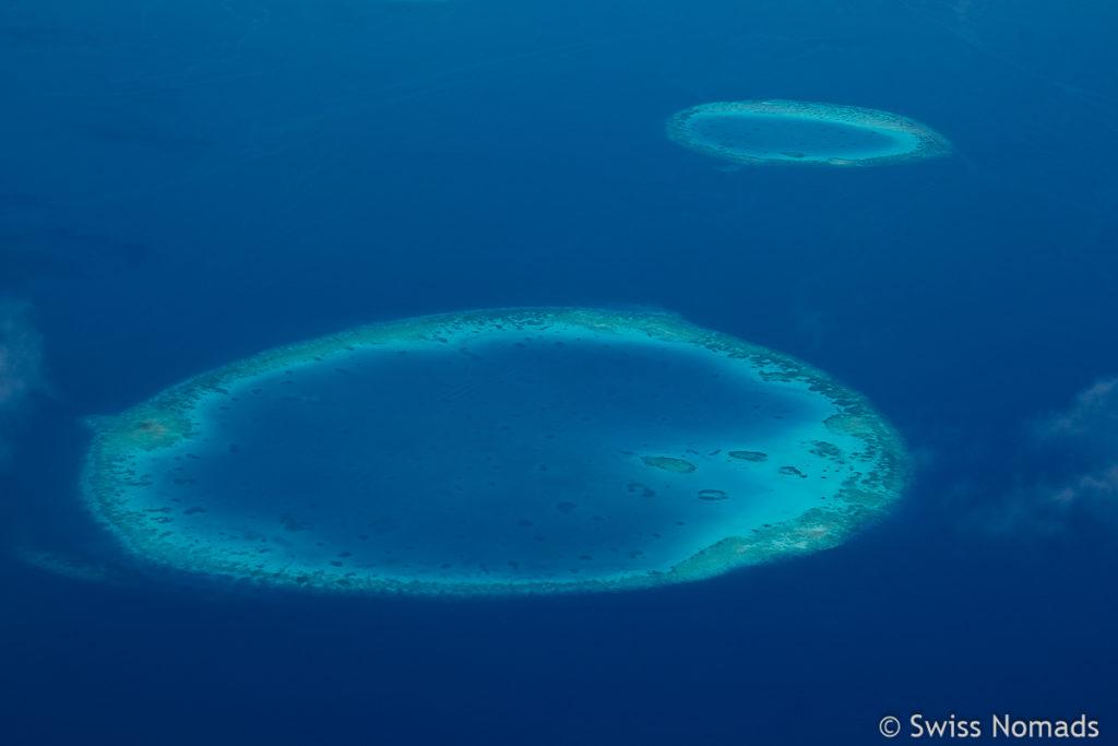 Malediven Reisetipps mit dem Flugzeug über den Atollen