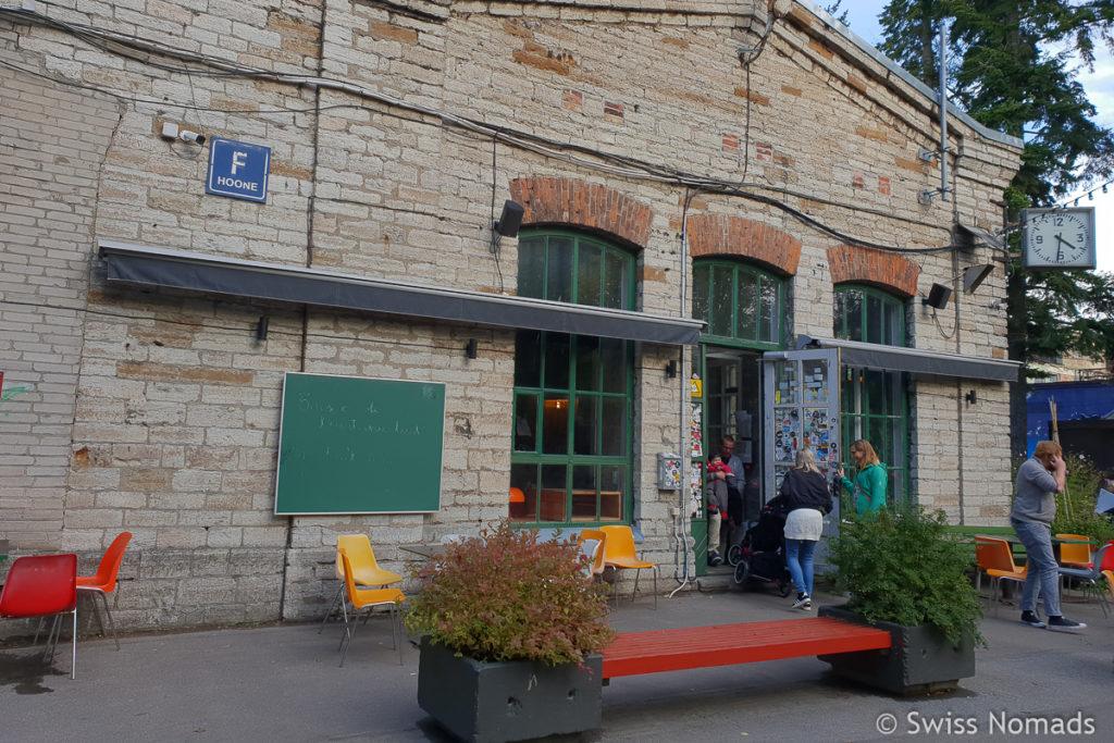 Restaurant F-Hoone in Tallinn Telliskivi